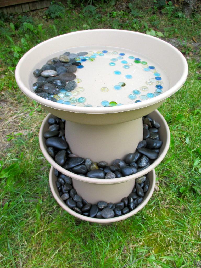 10 beautiful diy bird bath ideas just craft diy projects for Diy stone birdhouse
