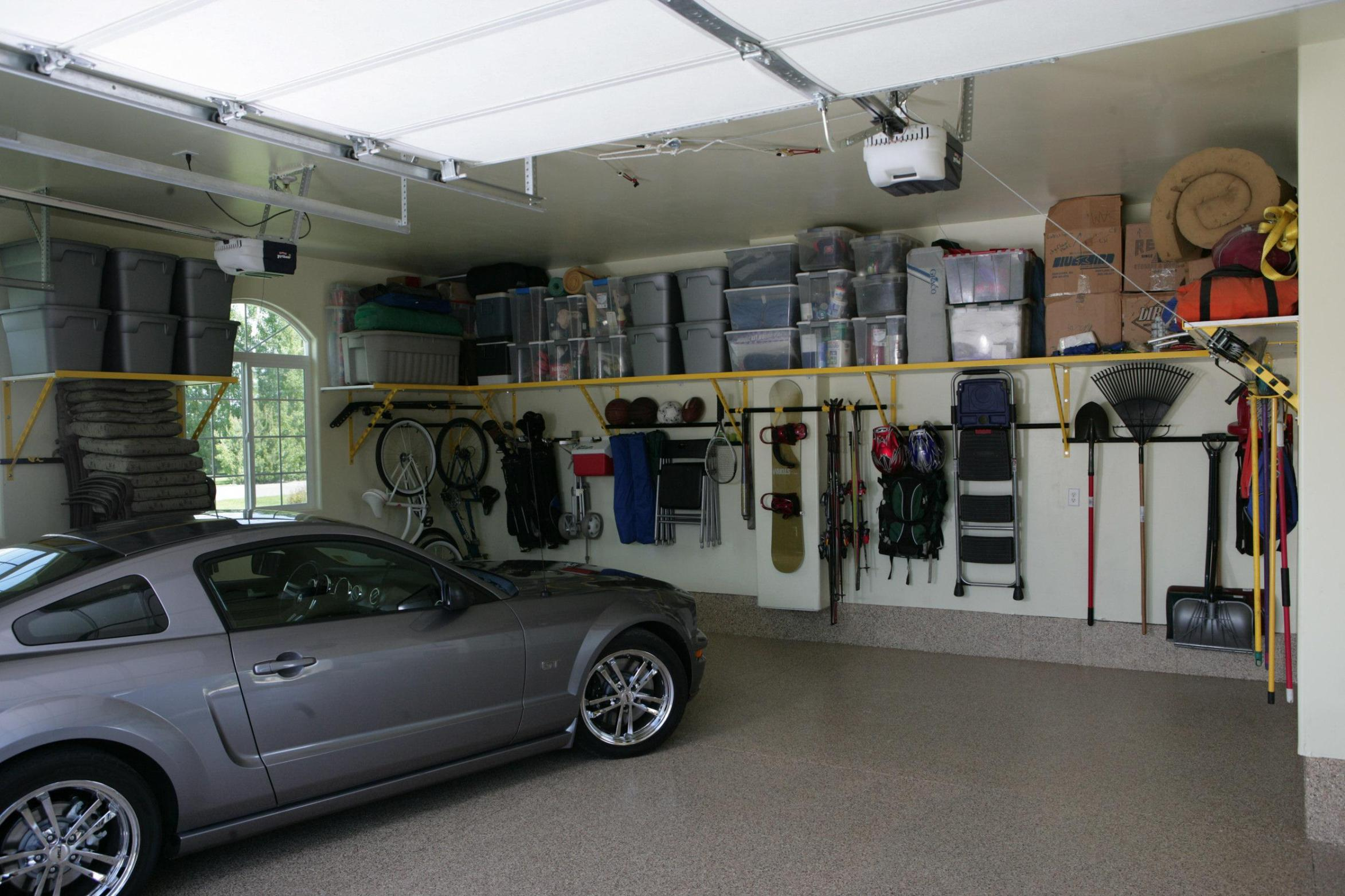 diy-garage-shelves-8