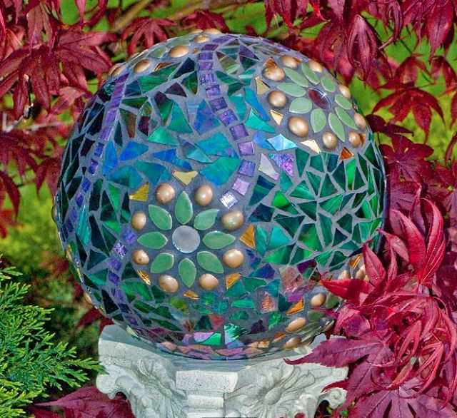 diy-garden-mosaics-projects-5