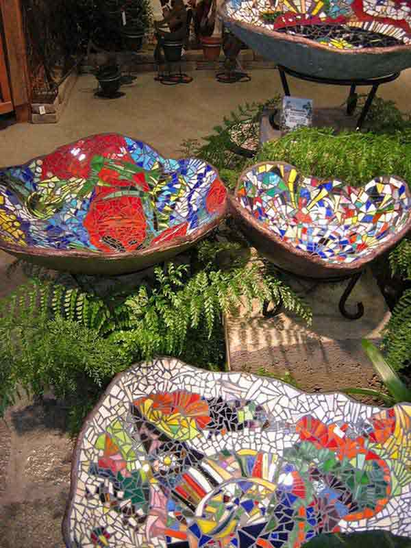 Get Inspired With These Diy Garden Mosaics Projects