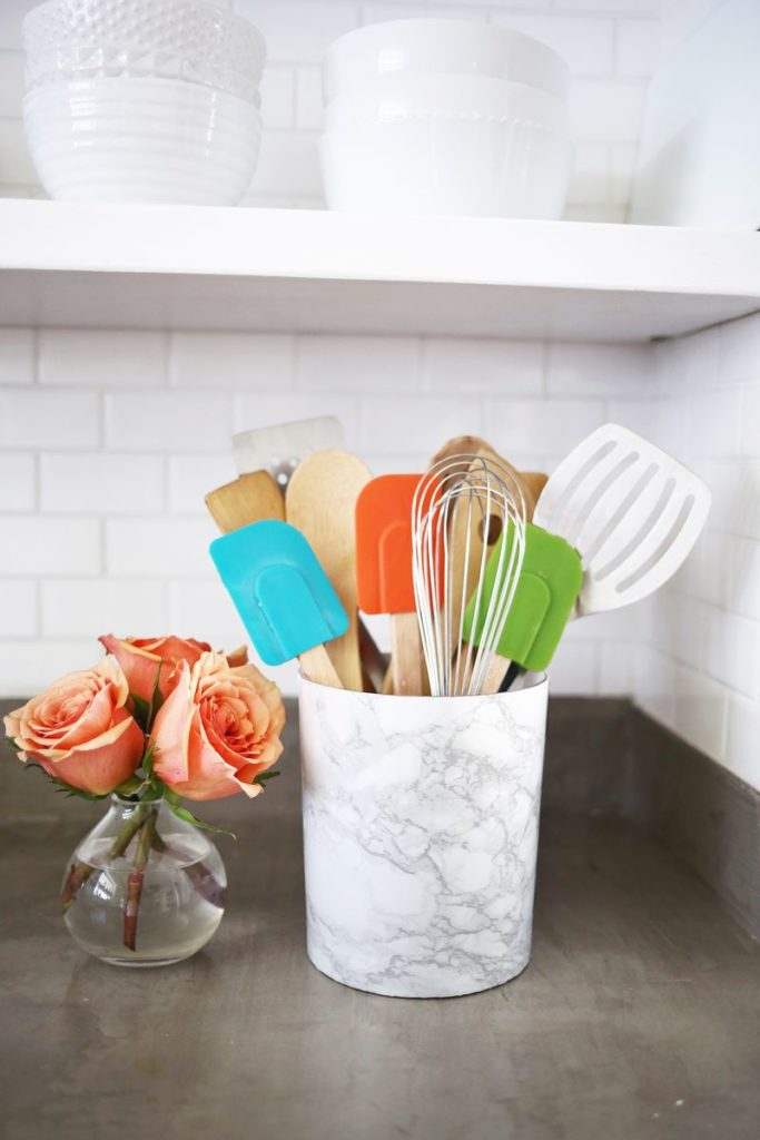 diy-utensil-holder-projects-1
